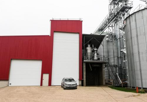 Pramoniniai garažo vartai XXL